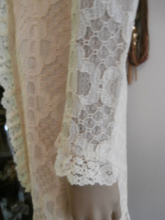 Womens   Cream Lace Dress  Long Sleeve, Lined~  M… - image 1