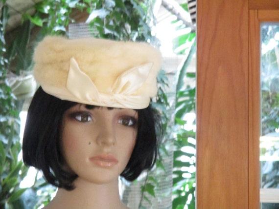 Vintage White  Fur Cecile's  Hat Real Fur Beautif… - image 2