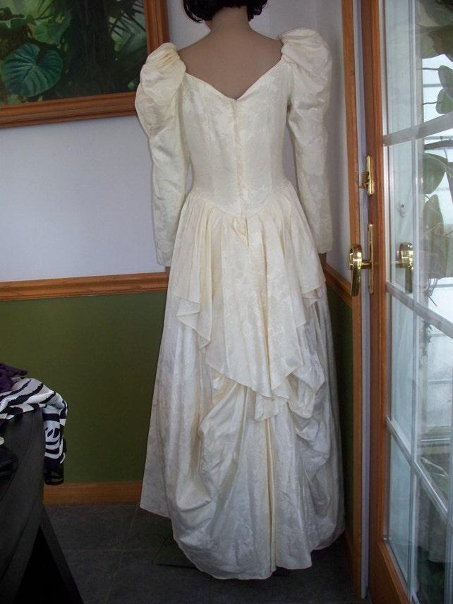 783b70f0538 Womens Dress Cream Jessica McClintock Gunne Sax Formal Dress~ Vintage Dress~  Wedding Dress