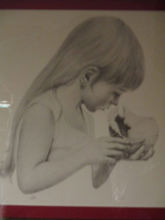 ORIGINAL Litho Signed /& Numbered Girl with Sea Shell Pencil by Tomao with Certificate of Authenticity on Back