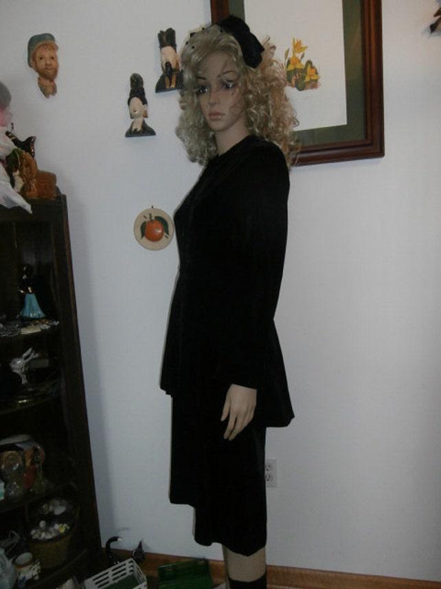Womens Dress Black Velvet Formal Peplum Style Dress Long Sleeves