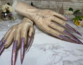 Crystallized Butterfly Pale Nail Gloves
