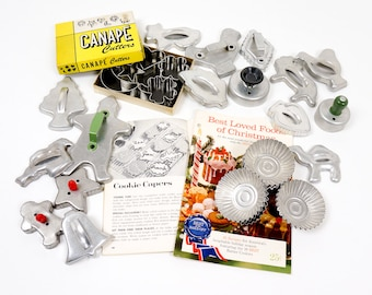 Vintage 1950s 60s Metal Cookie Cutters, Canape Cutters and Tartlet Tin Set, Animals Christmas Shapes Retro Kitchenware Bakeware