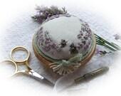 PP04S Lavender & Bees Pincushion (Silk)