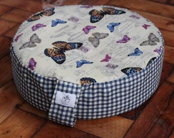 Round meditation cushion