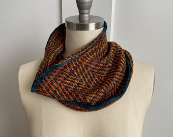Handknit two-color cowl - original sample from I Knit New York OOAK
