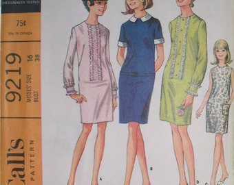 Vintage McCalls Dress Pattern 9219, 4 Versions, Size 16, Demure, Sewing Pattern, Shift Dress