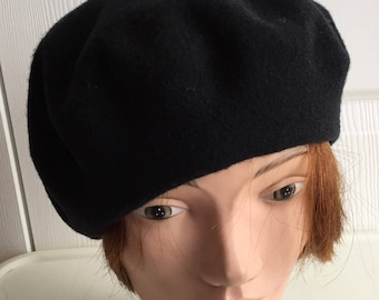 80s Black 100% wool beret unisex hat Medium 10.5inches Parkhurst Made in  Canada Beatnik Look eff7bc9b7796