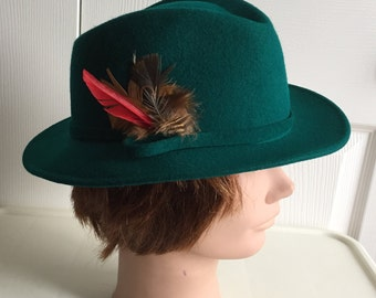 70s Green Felt Feather Women Hat 21 1 2 inches Small Doeskin Chapelier  Artistique 2c7d15003b51