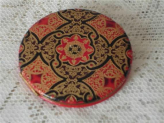 50s Red & Black Leather Chinoiserie Compact Vintag