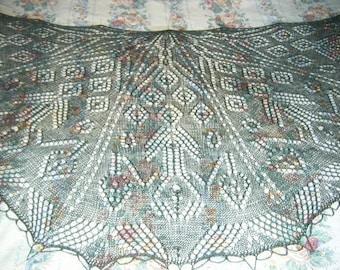 Lace Pavone Shawl knitting pattern pdf