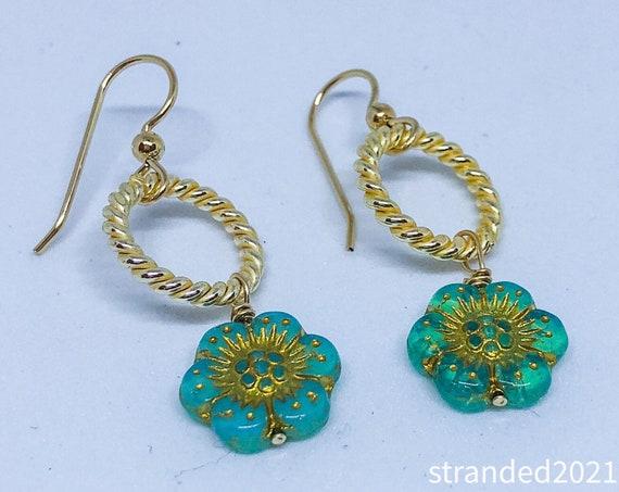 Sweet Little Flower Earrings
