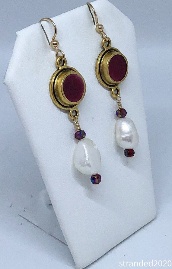 Freshwater Pearl and Red Resin Bezel Earring