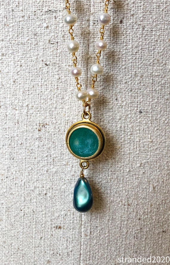 Long FW Pearl and Green Pendant Necklace