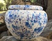 African Violet pot, large, round, tapered, white, blue, cobalt, speckled, self watering, modern, minimalist, Violet pot