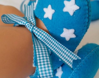 Aqua with white stars felt baby shoes