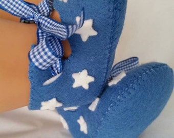 Navy blue with white stars felt baby shoes.