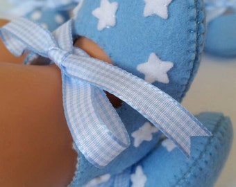 Light blue with white stars felt baby shoes