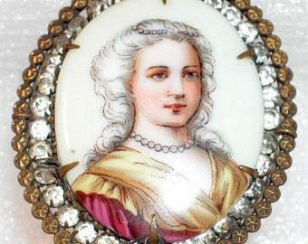 ANTIQUE-VINTAGE-Beautiful Lady on Porcelain Brooch Pendant-Rhinestones