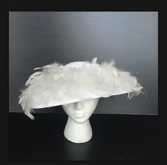 Vintage White Straw Hat Easter Womens Feathers 199