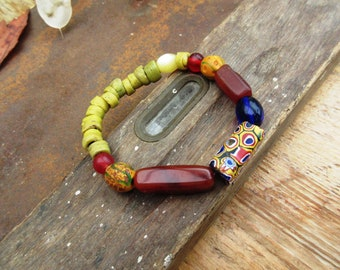 """Tribal and unisex ethnic bracelet, composed of old Hebron beads : """"Roads of Africa ..."""