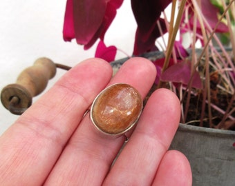 Wonderful ring in 925 silver, contemporary with sunstone cabochon ...
