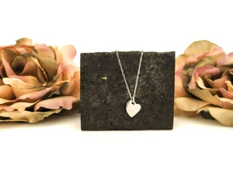Dainty Heart Necklace, Tiny Silver Stainless Heart Pendant, Birthday Gift for Girlfriend, Wife, Godmother Present for Mom on Mothers Day