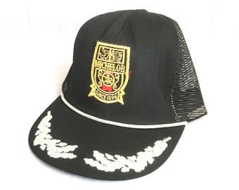 1e6d67fbe94 Vintage 80 s MICHELOB Beer Trucker Hat   Black   Gold Michelob Since 1896  Mesh Snapback Hat   Men s Small Medium