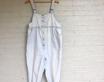 16a939715ae Vintage Light Denim MATERNITY Overalls   80s MOTHERHOOD Bib Coveralls    High Waist   LONG One Piece Blue Jean Jumpsuit   Pregnancy Overalls