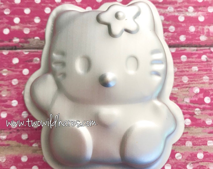 "WAVING HELLO KITTY Bath Bomb Mold, Metal, 3"" x 2 1/2"" x 1"", Two Wild Hares"