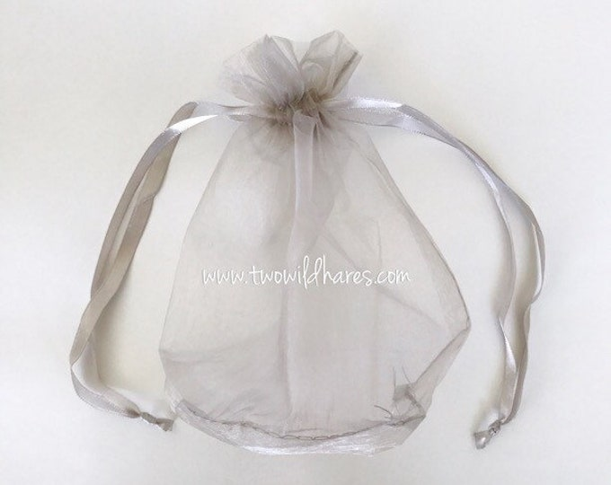 "5-TUB SPOUT BAGS For Bathing, 6 1/2"" x7"" Round Bottom, Drawstring, Organza, For Bubble Bars, Bath Tea, Salts, Soap Saver, Two Wild Hares"