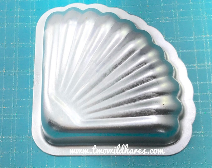 "MERMAID FAN Sea Shell Bath Bomb Mold, 3""L x 3.75""W, Metal, Two Wild Hares"