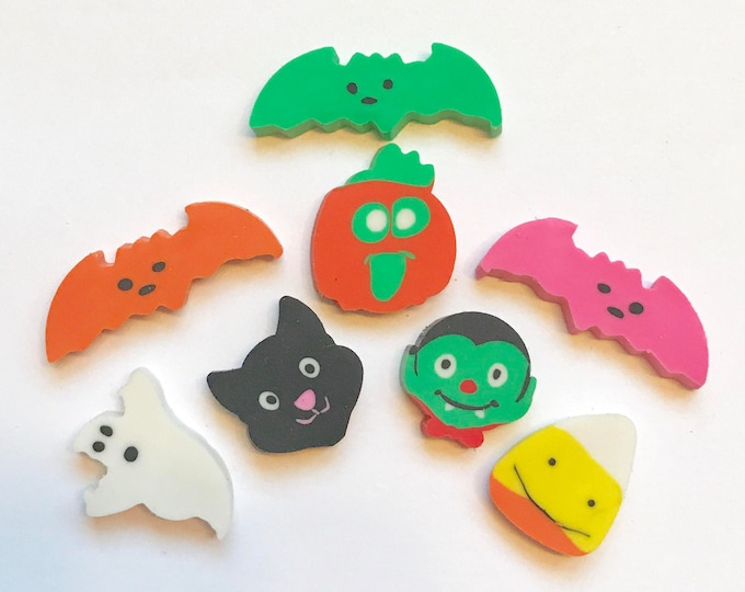 "HALLOWEEN Soap Topper, Bath Cupcake & Bath Bomb Topper, 3/4"", 100 count, Black Cat, Ghost, Pumpkin, Bat, Candy Corn, Vampire"