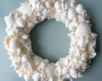 Beach Decor Seashell Wreath, Nautical Decor Shell Wreath, Coastal Wreath, Beach Wreath, Sea Shell Wreath, Beach House Decor - #WSW100