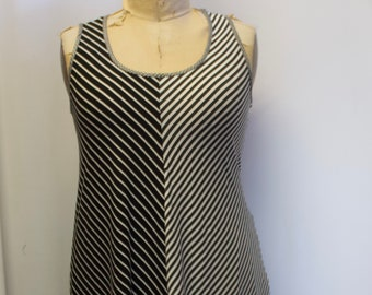 SALE New Lagenlook Striped sleeveless stretch Tunic top size 16 18 20 22 24