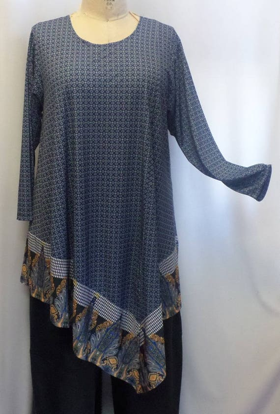 654ef7a3996 Coco and Juan Plus Size Tunic Lagenlook Navy Tile Print