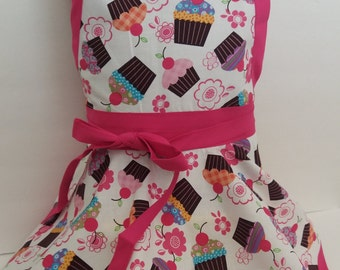 Kids apron, Personalized Girls cupcake Apron, kids cupcake apron, twirl skirt apron