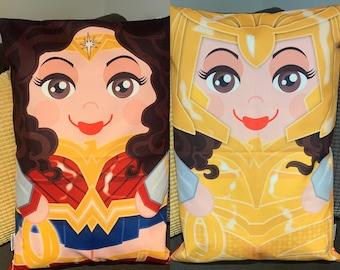 Wonder Woman 1984 golden armour  'Hero Hugger' Decorative double sided Pillowcase Custom Design
