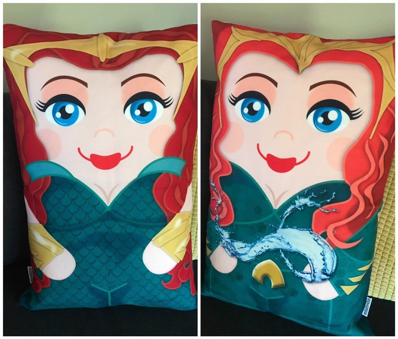Princess Mera Aquaman Double Sided 'Hero Hugger' image 0