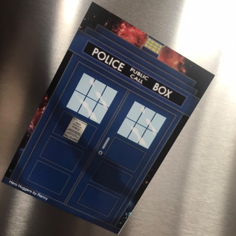 Doctor Who Tardis 'Hero Hugger' Large Glossy Fridge image 0