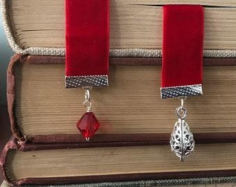 The Rose Garden Velvet Ribbon Bookmark with Oil Diffuser
