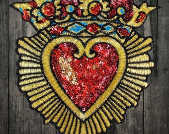 Set 2pc Embroidery Sew on Red and Gold Crown Love Patch Cloth Applique Clothing Decoration Mending Holes Heart Applique Embroidered