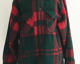 9019b5e2d78bf Vintage LL Bean Hunting Shirt. Heavy Wool. Red Green Black Plaid Tartan  with Pockets. Extra Large. Winter. Fall. Hunter. Freeport, Maine.
