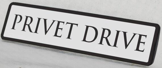 Vintage Wood Street Road Sign PRIVET DRIVE