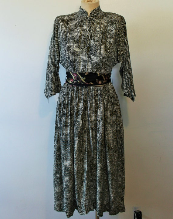 1940s Daydress. Vintage Black and White Full Skirt