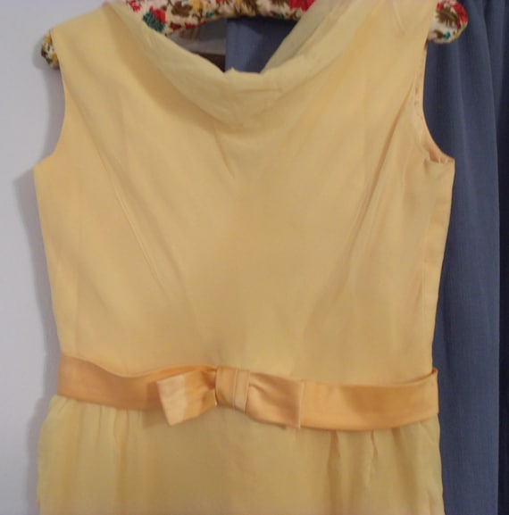 Lemon chiffon layer dress