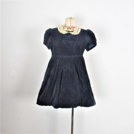 1940s Blue velveteen dress. Girls 40s fashion