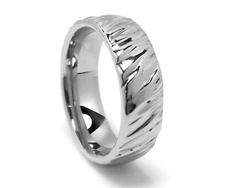 Diagonal Ripple Wrinkled Pattern Wedding Band