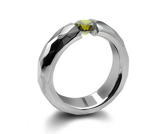 0.75ct Peridot Tension Set Hammered Stainless Steel Mounting