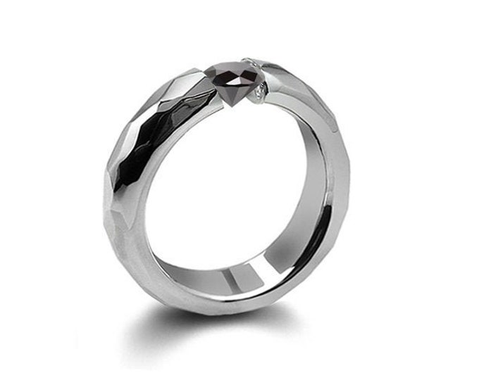 0.75ct Black Onyx Tension Set Hammered Stainless Steel Mounting